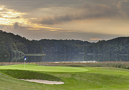 Modry Las Golf Resort | Golf i Polen